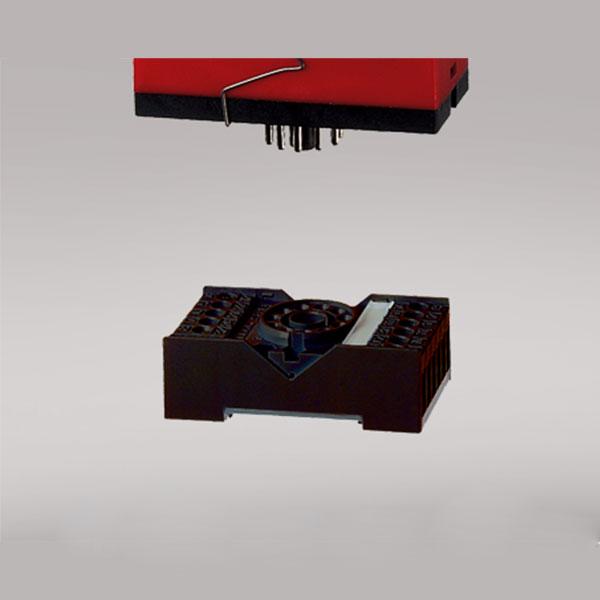 7023 11-pole relay socket