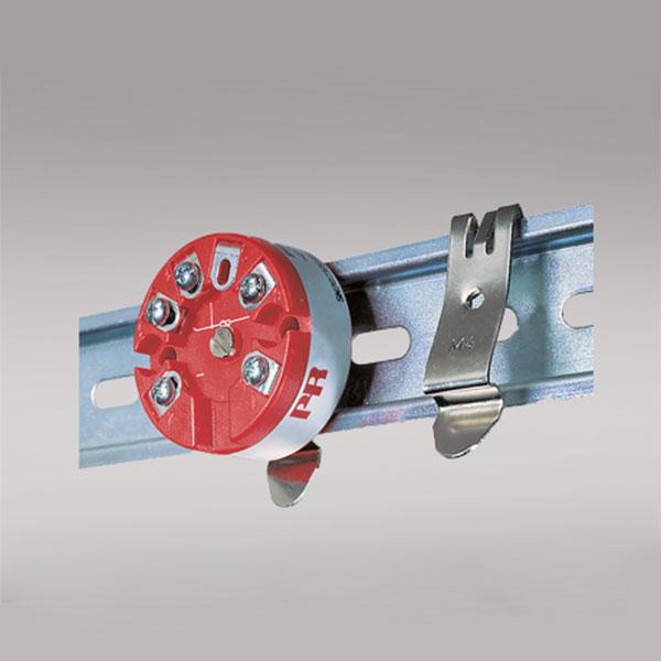8421 DIN rail fitting
